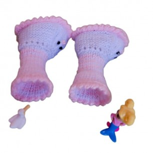 Handmade Baby Girl Yarn Booties For 0 To 18 Months.