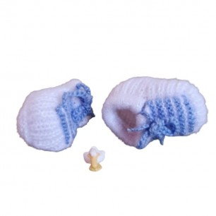 Beautiful Handmade Yarn Kids Shoes For 0 To 12 Months.